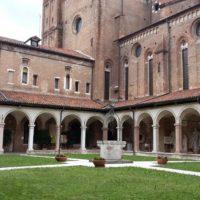 Il chiostro del Tempio di San Lorenzo